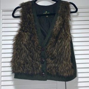 Forever 21 faux fur gilet